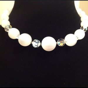 Jewelry - VINTAGE WHITE AND CLEAR GLASS BEADED NECKLACE 15 ""